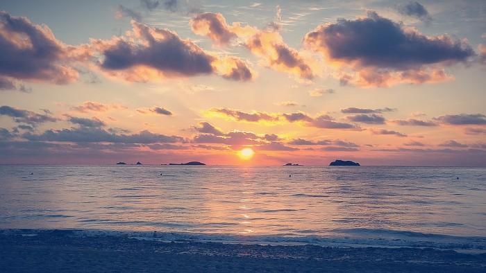 Puesta de sol en las playas de Ibiza