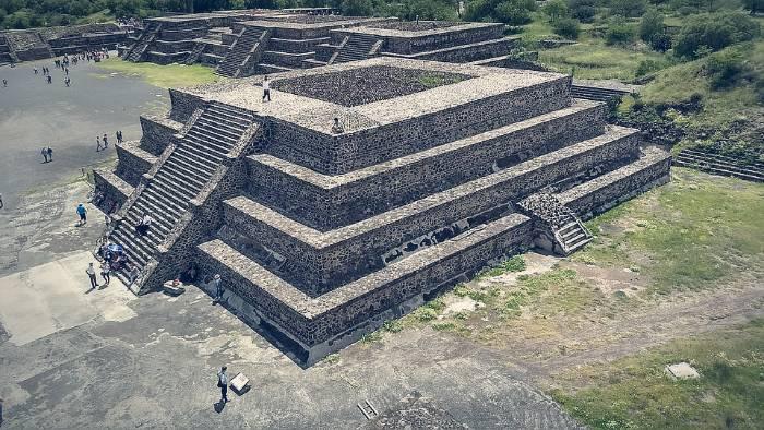 Tour de la Ciudad de México al completo Teotihuacán