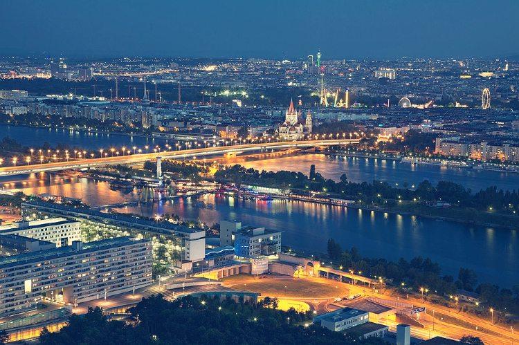 Panorámica nocturna de Viena